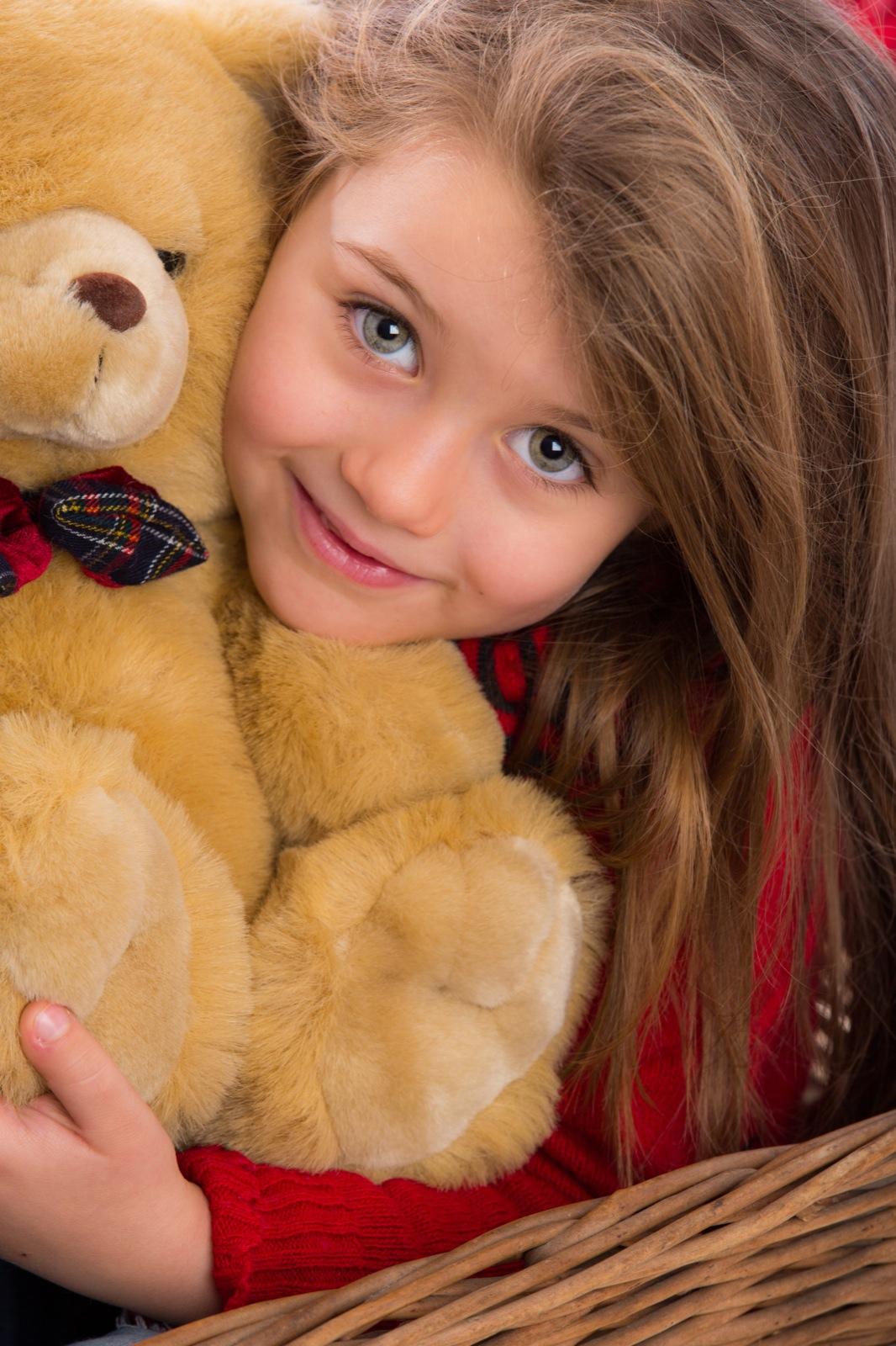 Rachele e il suo orsacchiotto
